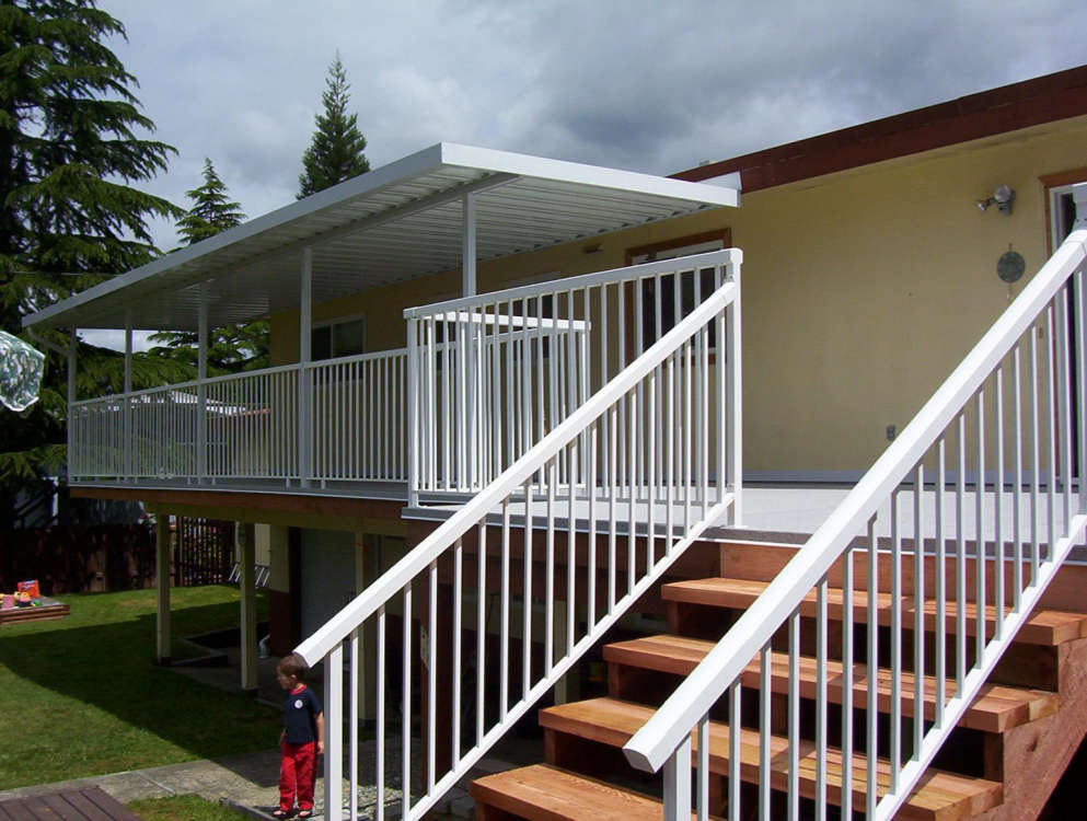Aluminum Patio Cover With Aluminum Picket Deck And Stair Railing   Castle  Decks